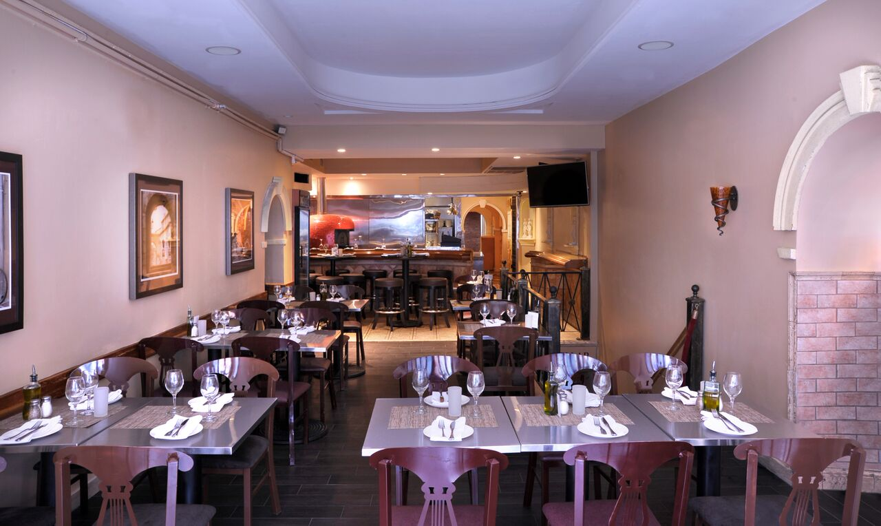 Have A Romantic Night Out At Boston S Best Italian