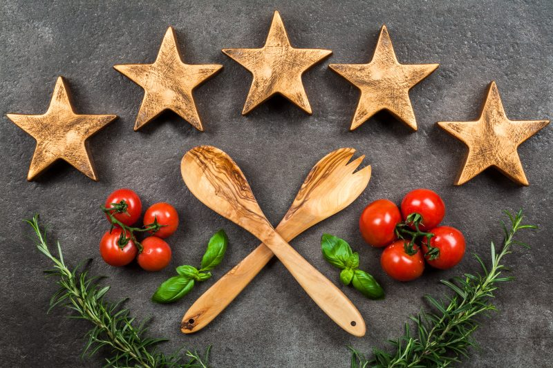 wooden spatulas with 5 stars